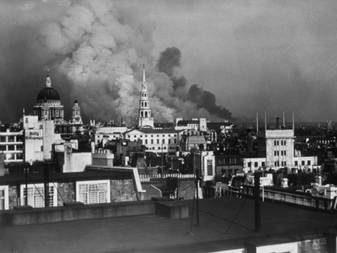 london-blitz_i-G-56-5650-I4UMG00Z