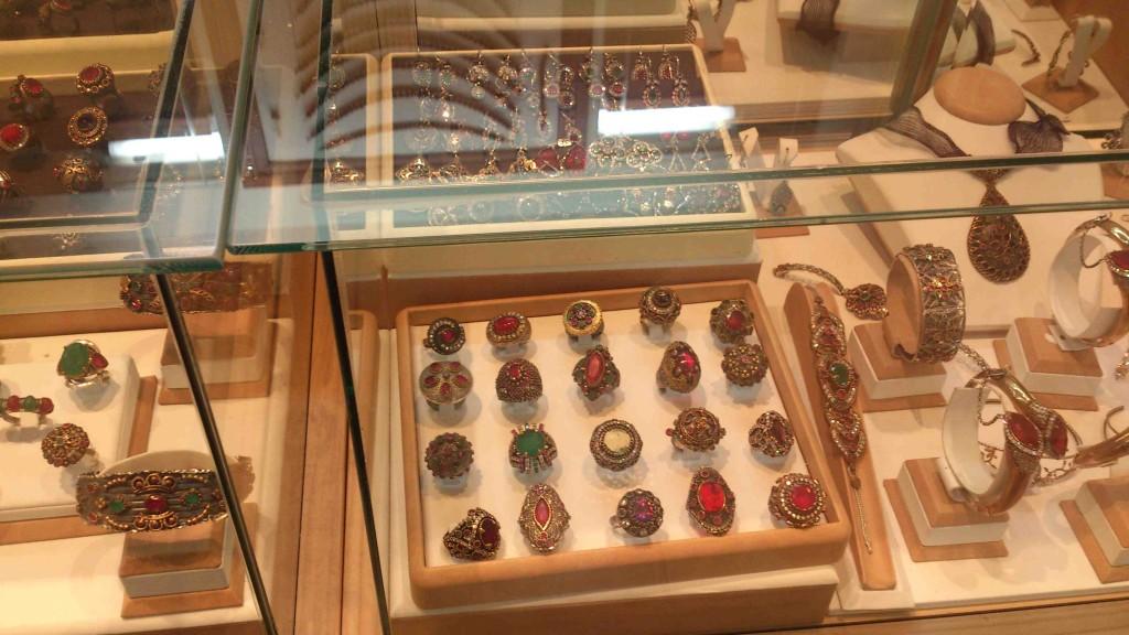 18. jewelry