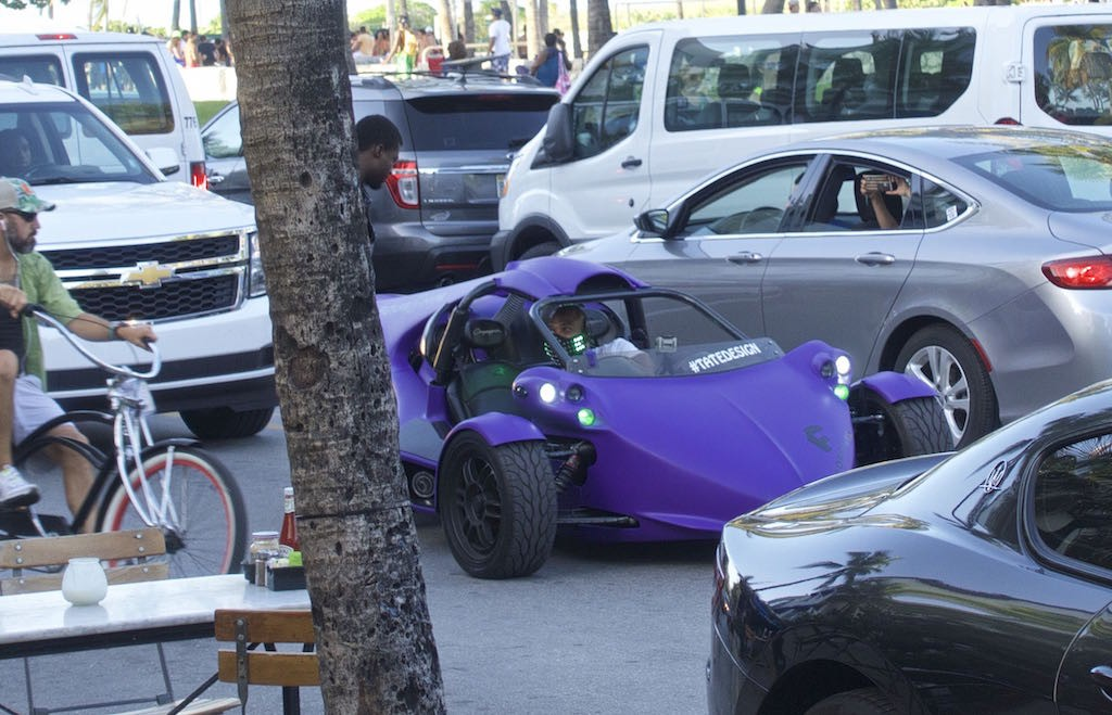 Purple car1
